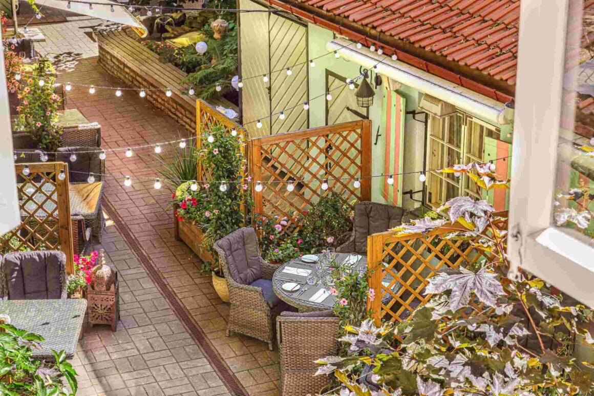 Stenhus-courtyard
