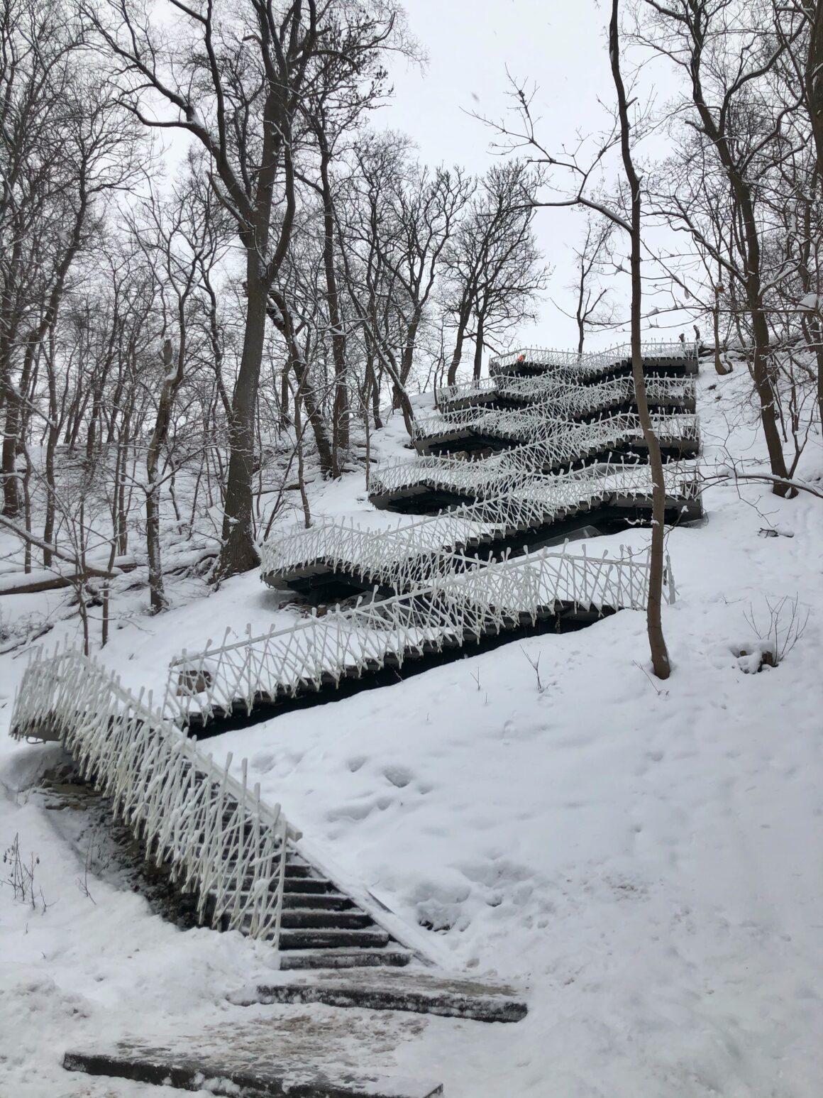 Põhjakonnan portaat päivänvalossa